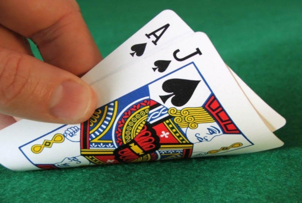 Parasız Canlı Casino Oyunları Nasıl Oynanır
